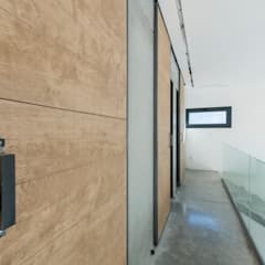 Doors by MODULAR HOME, Industrial Wood Wood effect