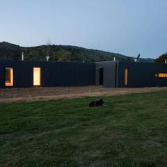 Diseño de casa Eco en Colchagua: Casas ecológicas de estilo  por INFINISKI