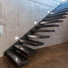 Stairs by zon Eichen - Handwerk und Interior