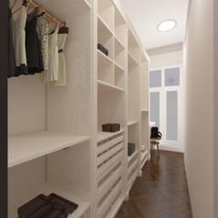 Walk in closet de estilo  por SOS-REMONT
