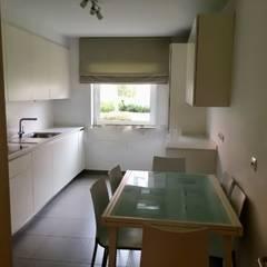 Apartamento T3 Carnide - Lisboa: Cozinhas  por EU LISBOA