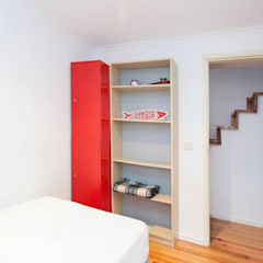 Apartamento T2 Santa Maria Maior: Paredes  por EU LISBOA,Moderno
