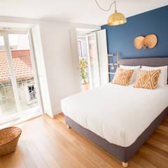 Apartamento T1 Misericordia - Lisboa Quartos clássicos por EU LISBOA Clássico