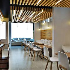CAFETERIA SAN MIGUEL: Comedores de estilo  por AOG