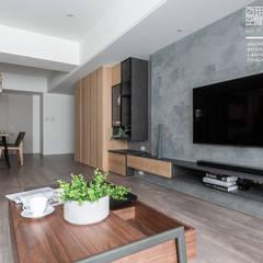 百玥空間設計 ─ 36℃ 灰:  客廳 by 百玥空間設計, 現代風 強化水泥
