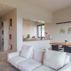 ห้องนั่งเล่น by Soffici e Galgani Architetti