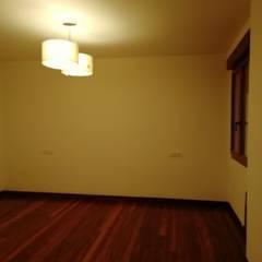Dormitorios pequeños de estilo  por ABD