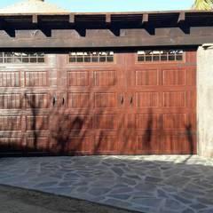 Cửa nhà để xe by ESLAP PUERTAS AUTOMATICAS