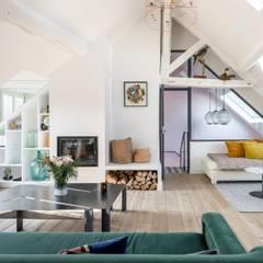 Rénovation partielle dans le IIe arrondissement de paris: Salon de style  par Ocampo pro ,