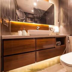 2502 Angelica Modern bathroom by co_LAB Design Studio Modern