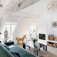 Rénovation Partielle Dans Le IIe Arrondissement De Paris: Salon De Style  Par Ocampo Pro