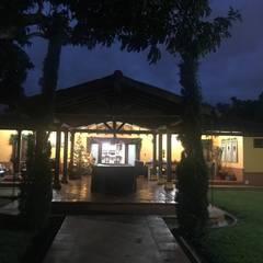 CIENTO ONCE INMOBILIARIA:  tarz Villa