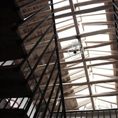 من ALIWEN arquitectura & construcción sustentable - Santiago إستعماري