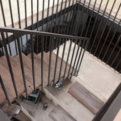 Stairs by ALIWEN arquitectura & construcción sustentable - Santiago