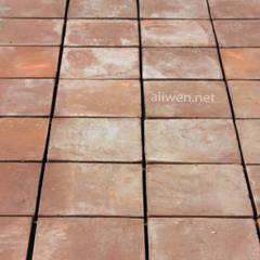 Floors by ALIWEN arquitectura & construcción sustentable - Santiago, Colonial