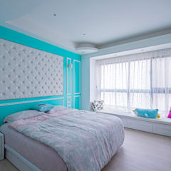 Projekty,  Małe sypialnie zaprojektowane przez 富亞室內裝修設計工程有限公司, Klasyczny Sklejka