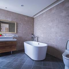 حمام تنفيذ 富亞室內裝修設計工程有限公司 , بلدي بلاط