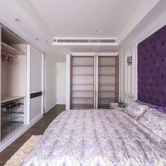 Small bedroom by 富亞室內裝修設計工程有限公司