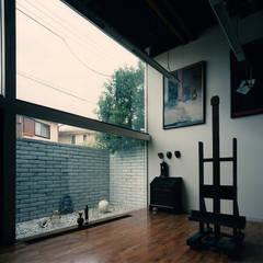 アトリエの家 モダンデザインの 書斎 の 西島正樹/プライム一級建築士事務所 モダン