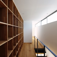 Dormitorios infantiles de estilo  por 株式会社 空間建築-傳