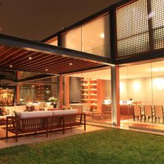 Proyecto Residencial: Terrazas de estilo  por TRAZZO ILUMINACIÓN, Moderno