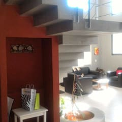 Casa GTPL: Escaleras de estilo  por Luis Barberis Arquitectos