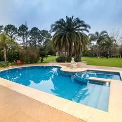 Pool by Luis Barberis Arquitectos
