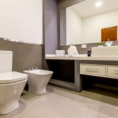 Casa RB: Baños de estilo  por Luis Barberis Arquitectos