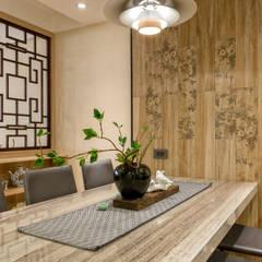 Dining room by 富亞室內裝修設計工程有限公司