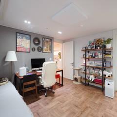 컬러풀 뉴트로하우스: 디자인 아버의  방,