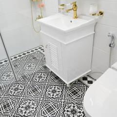 컬러풀 뉴트로하우스 스칸디나비아 욕실 by 디자인 아버 북유럽