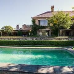 Walkersons Traditional Manor House:  Pool by JSD Interiors, Country Stone