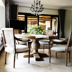 Walkersons Traditional Manor House:  Dining room by JSD Interiors, Colonial
