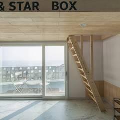 interior by INARK 포항 청하면 펜션 올 리모델링 대구 협소주택,  상가주택 인아크 건축 설계 인테리어 디자인: inark [인아크 건축 설계 디자인]의  아이방,미니멀