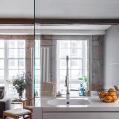 15oo1: Módulos de cocina de estilo  de puntodefuga estudio y arquitectura