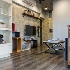 富亞室內裝修設計工程有限公司의  벽, 인더스트리얼 철근 콘크리트