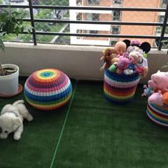 Departamento Carlos Alvarado, Las Condes: Dormitorios de niñas de estilo  por Agapanto