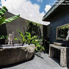 Freestanding Stone Bathtubs:  Bathroom by Lux4home™ Indonesia