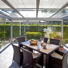 Jardines de invierno de estilo  por Markisen Zanker im Raum Stuttgart