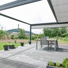 Design-Markise:  Terrasse von Markisen Zanker im Raum Stuttgart