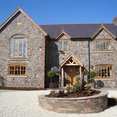 บ้านคันทรี่ by Lloyd Architecture