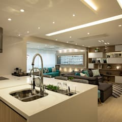 Built-in kitchens by LAM Arquitetura | Interiores
