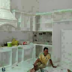 Pembuatan kitchen set:  Dinding by Harade  Interior