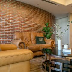 Muren door 富亞室內裝修設計工程有限公司