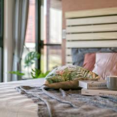 懷舊復古風-看見不一樣的風格與靈魂-全坤峰華:  臥室 by 富亞室內裝修設計工程有限公司
