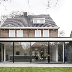 Villas by Bob Romijnders Architectuur & Interieur,