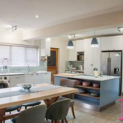 Fresh Modern Country Powder Blue & White Kitchen:  Kitchen by Ergo Designer Kitchens and Cabinetry, Country MDF