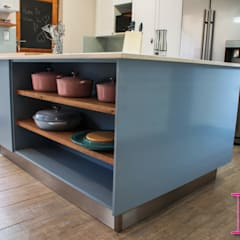 Fresh Modern Country Powder Blue & White Kitchen:  Built-in kitchens by Ergo Designer Kitchens and Cabinetry