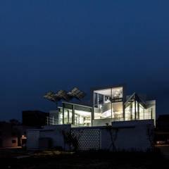 소소헌 (蘇素軒) - 단독주택: 건축연구소.유토 UTOlabs의  일세대용 주택,모던 콘크리트