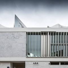 소소헌 (蘇素軒) - 단독주택: 건축연구소.유토 UTOlabs의  일세대용 주택